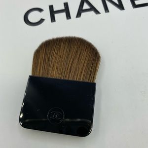 New CHANEL small  rectangle shaped brush